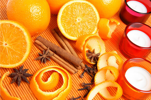 Fresh oranges and spices